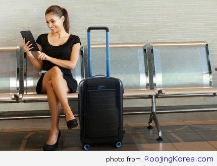 bluesmart-smart-carry-on-luggage-399-970x647-c